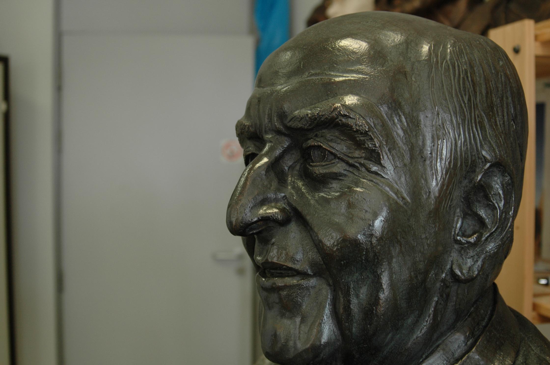Borstbeeld-close-up-Lionel-Capriles-by-RAM