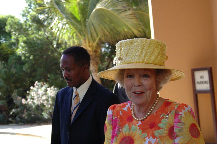 Dutch-queen-Beatrix-2-by-RAM